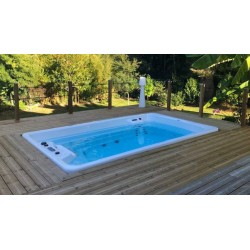 Compact pool in-ground